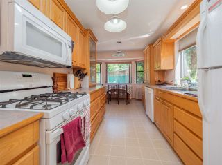 Photo 11: 5400 DERBY Road in Sechelt: Sechelt District House for sale (Sunshine Coast)  : MLS®# R2454409