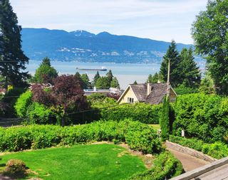 Photo 2: 4880 DRUMMOND Drive in Vancouver: Point Grey House for sale (Vancouver West)  : MLS®# R2610410