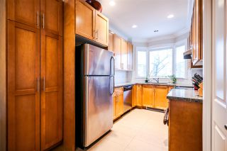 Photo 3: 1382 E 27TH Avenue in Vancouver: Knight Townhouse for sale (Vancouver East)  : MLS®# R2072288