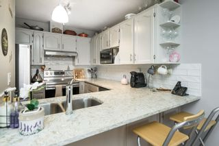 """Photo 15: 16 19270 119 Avenue in Pitt Meadows: Central Meadows Townhouse for sale in """"McMyn Estates"""" : MLS®# R2611594"""