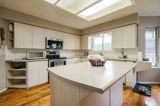 Photo 11: 14243 84 AVENUE in Surrey: Bear Creek Green Timbers House for sale : MLS®# R2580661