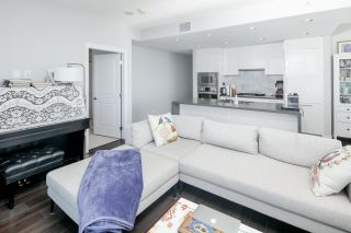 """Photo 9: 1707 5628 BIRNEY Avenue in Vancouver: University VW Condo for sale in """"THE LAUREATE"""" (Vancouver West)  : MLS®# R2384950"""