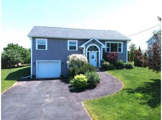 Photo 1: 19 Talon Drive in North Kentville: 404-Kings County Residential for sale (Annapolis Valley)  : MLS®# 202114431