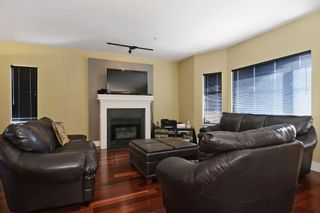 """Photo 2: 859 W 24TH Avenue in Vancouver: Cambie House for sale in """"DOUGLAS PARK"""" (Vancouver West)  : MLS®# V1043615"""