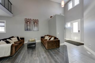 Photo 2: 4314 VETERANS Way in Edmonton: Griesbach House for sale