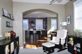 """Photo 5: 51 19572 FRASER Way in Pitt Meadows: South Meadows Townhouse for sale in """"COHO CHAPTER II"""" : MLS®# V996391"""