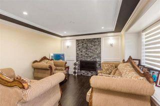 Photo 2: 12712 114A Avenue in Surrey: Bridgeview House for sale (North Surrey)  : MLS®# R2451026
