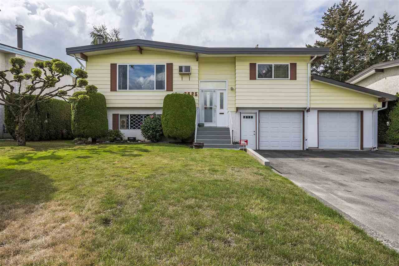 Main Photo: 8685 BAKER Drive in Chilliwack: Chilliwack E Young-Yale House for sale : MLS®# R2304512