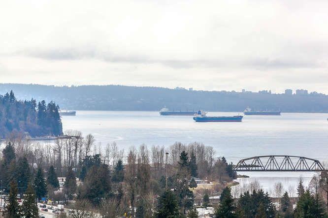 Main Photo: 1708 2008 FULLERTON AVENUE in North Vancouver: Pemberton NV Condo for sale : MLS®# R2145618