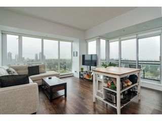 """Photo 3: 2504 10777 UNIVERSITY Drive in Surrey: Whalley Condo for sale in """"City Point"""" (North Surrey)  : MLS®# R2539376"""
