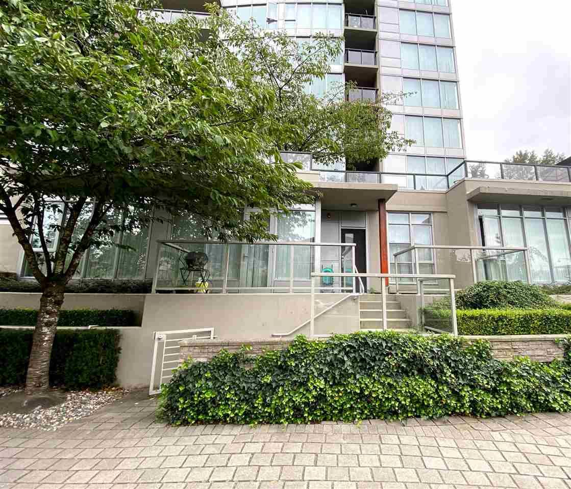 """Main Photo: CH03 651 NOOTKA Way in Port Moody: Port Moody Centre Townhouse for sale in """"Sahalee"""" : MLS®# R2560546"""