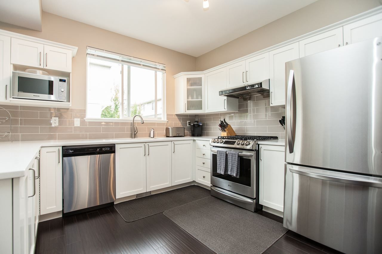 """Photo 10: Photos: 54 5999 ANDREWS Road in Richmond: Steveston South Townhouse for sale in """"RIVERWIND"""" : MLS®# R2115283"""