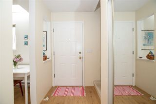 """Photo 3: 23 2736 ATLIN Place in Coquitlam: Coquitlam East Townhouse for sale in """"CEDAR GREEN ESTATES"""" : MLS®# R2226742"""