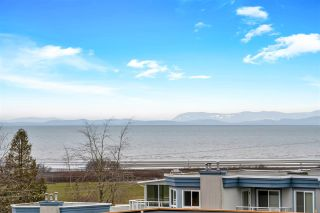 "Photo 33: 843 STAYTE Road: White Rock House for sale in ""East Beach"" (South Surrey White Rock)  : MLS®# R2541264"