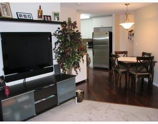 """Photo 5: 402 2388 WELCHER Avenue in Port_Coquitlam: Central Pt Coquitlam Condo for sale in """"PARKGREEN"""" (Port Coquitlam)  : MLS®# V701631"""