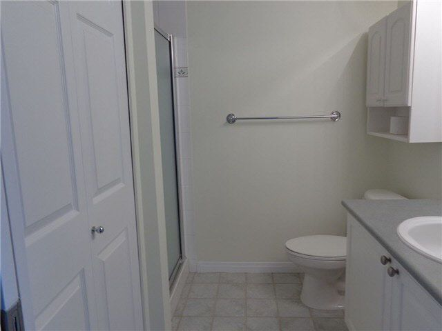 """Photo 8: Photos: PH30 8888 202ND Street in Langley: Walnut Grove Condo for sale in """"LANGLEY GARDENS"""" : MLS®# F1429580"""
