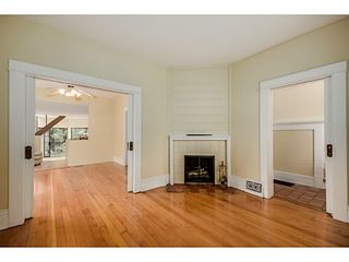 """Photo 4: 284 E 18TH Avenue in Vancouver: Main House for sale in """"Main Street"""" (Vancouver East)  : MLS®# V1068280"""