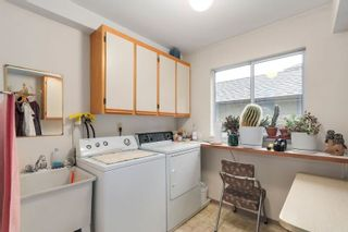 Photo 17: 638 ROBINSON Street in Coquitlam: Coquitlam West House for sale : MLS®# R2230447