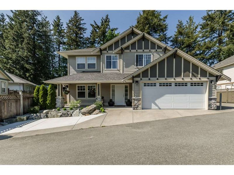 FEATURED LISTING: 34563 STONELEIGH Avenue Abbotsford