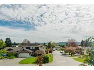 Photo 31: 18253 57A Avenue in Surrey: Cloverdale BC House for sale (Cloverdale)  : MLS®# R2163180