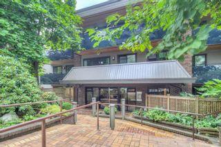 "Photo 1: 101 2416 W 3RD Avenue in Vancouver: Kitsilano Condo for sale in ""Landmark Reef"" (Vancouver West)  : MLS®# R2191512"