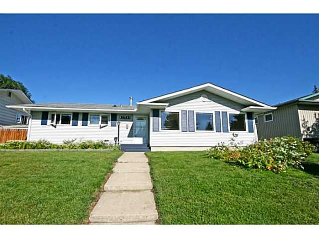 Welcome to 12511 Lake Geneva Rd.  More photos here: http://tinyurl.com/omtg6gp