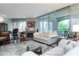"""Photo 20: 205 14824 NORTH BLUFF Road: White Rock Condo for sale in """"Belaire"""" (South Surrey White Rock)  : MLS®# R2456173"""