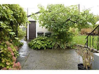 Photo 16: 2371 ADANAC Street in Vancouver: Hastings House for sale (Vancouver East)  : MLS®# V1085430