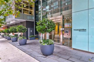"""Photo 23: 2306 777 RICHARDS Street in Vancouver: Downtown VW Condo for sale in """"TELUS GARDEN"""" (Vancouver West)  : MLS®# R2512538"""