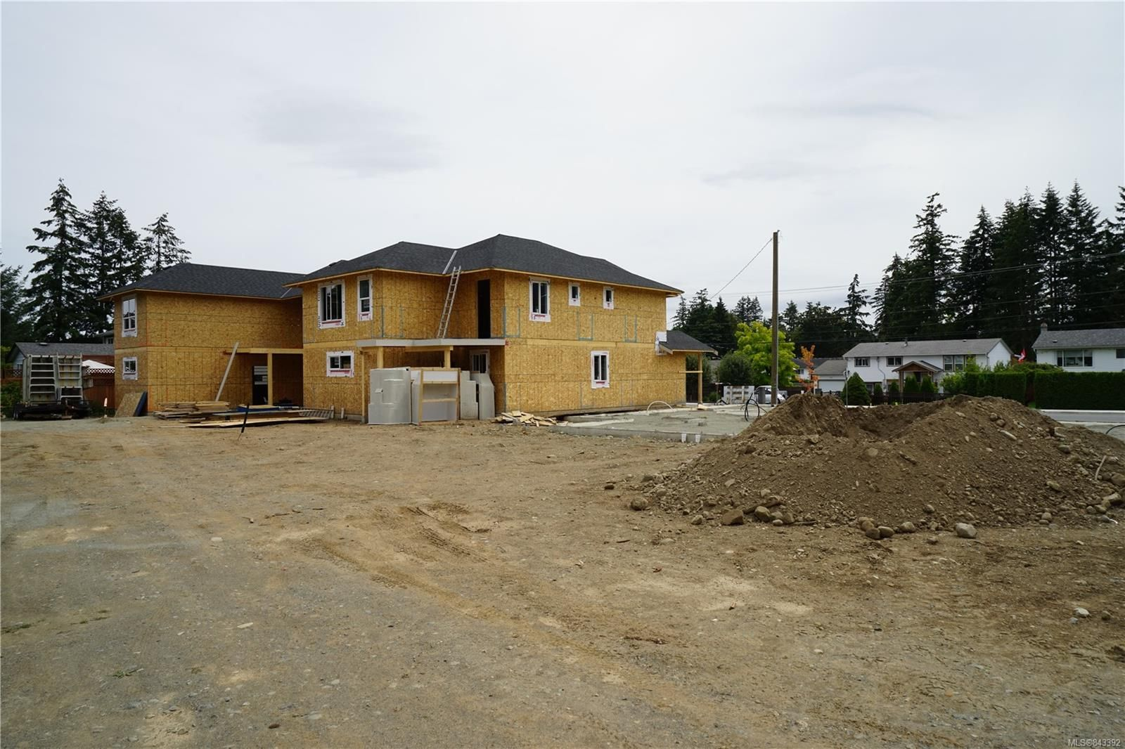 Photo 5: Photos: 2584 Rosstown Rd in NANAIMO: Na Diver Lake House for sale (Nanaimo)  : MLS®# 843392