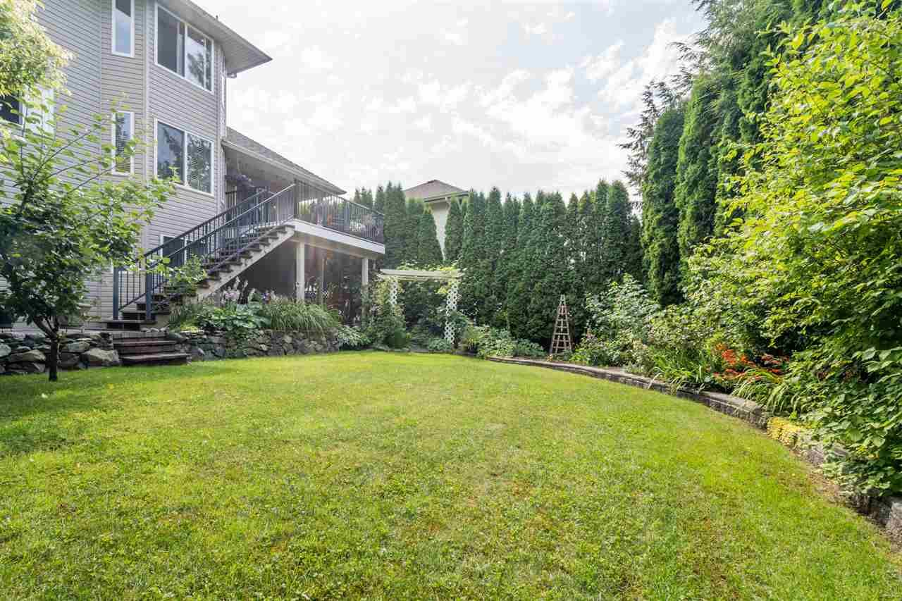 """Photo 37: Photos: 35715 LEDGEVIEW Drive in Abbotsford: Abbotsford East House for sale in """"Ledgeview Estates"""" : MLS®# R2481502"""