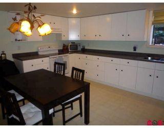 Photo 8: 19707 46TH AV in Langley: House for sale : MLS®# F2906022