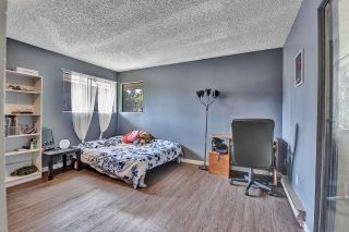 """Photo 14: 10524 HOLLY PARK Lane in Surrey: Guildford Townhouse for sale in """"Holly Park Lane"""" (North Surrey)  : MLS®# R2615553"""