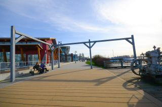 """Photo 19: 111 4233 BAYVIEW Street in Richmond: Steveston South Condo for sale in """"THE VILLAGE AT IMPERIAL LANDING"""" : MLS®# R2038806"""