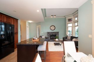 """Photo 5: 402 46021 SECOND Avenue in Chilliwack: Chilliwack E Young-Yale Condo for sale in """"THE CHARLESTON"""" : MLS®# R2406123"""