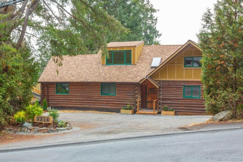 FEATURED LISTING: 3314 Fulton Rd VICTORIA