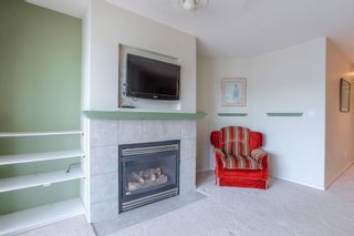 Photo 4: 405 22022 49 AVENUE in Langley: Murrayville Condo for sale : MLS®# R2449984