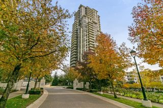 """Photo 1: 405 2138 MADISON Avenue in Burnaby: Brentwood Park Condo for sale in """"MOSAIC RENAISSANCE"""" (Burnaby North)  : MLS®# R2222436"""