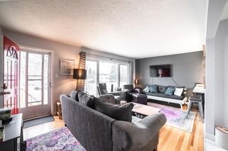 Photo 6: 2027 37 Street SW in Calgary: Glendale Detached for sale : MLS®# A1093610