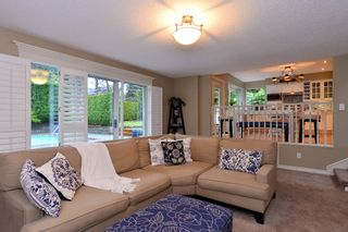"""Photo 9: 2002 127A Street in Surrey: Crescent Bch Ocean Pk. House for sale in """"Ocean Park"""" (South Surrey White Rock)  : MLS®# R2145477"""