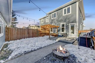Photo 4: 7655 35 Avenue NW in Calgary: Bowness Semi Detached for sale : MLS®# A1056276