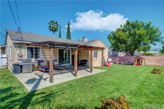 Photo 2: 10914 Gladhill Road in Whittier: Residential for sale (670 - Whittier)  : MLS®# PW20075096