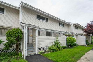 """Photo 2: 16 45215 WOLFE Road in Chilliwack: Chilliwack W Young-Well Townhouse for sale in """"PARKSIDE ESTATES"""" : MLS®# R2458118"""