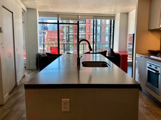 """Photo 6: 1406 108 W CORDOVA Street in Vancouver: Downtown VW Condo for sale in """"WOODWARDS W-32"""" (Vancouver West)  : MLS®# R2578411"""