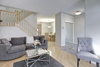 Photo 8: 11 Sierra Morena Landing SW in Calgary: Signal Hill Semi Detached for sale : MLS®# A1116826