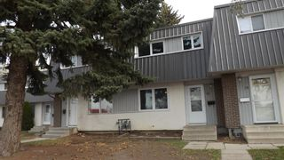 Photo 1: 18 1601 23 Street N: Lethbridge Row/Townhouse for sale : MLS®# A1096298