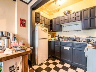 """Photo 3: 405 175 E BROADWAY in Vancouver: Mount Pleasant VE Condo for sale in """"Lee Building"""" (Vancouver East)  : MLS®# R2559841"""