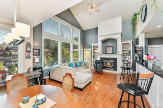 Photo 1: 1 630 Brookside Rd in : Co Latoria Row/Townhouse for sale (Colwood)  : MLS®# 857326