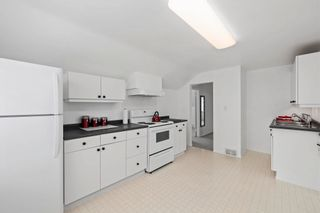 Photo 32: 812 ROBINSON Street in Coquitlam: Coquitlam West House for sale : MLS®# R2603467