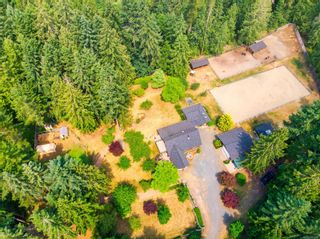 Photo 3: 727 Englishman River Rd in : PQ Errington/Coombs/Hilliers House for sale (Parksville/Qualicum)  : MLS®# 881965